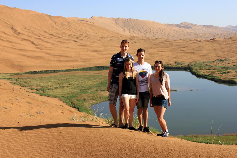 Badain Jaran Wüste - Riesig groß und wunderschön mit ihren zahlreichen Oasen